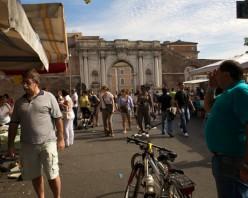Le marché de la Porta Portese