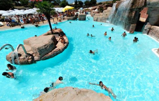 Les meilleurs piscines et parcs aquatiques de Rome et ses environs