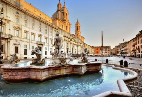 Arrêtez vous à la Piazza Navona de Rome